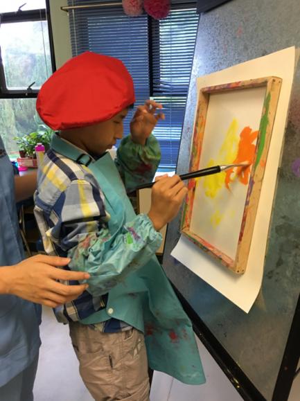 學生在校進行各類型藝能活動
