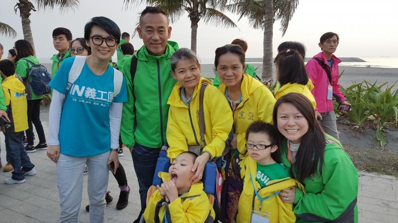 「夢飛行2017」是一個助殘疾家庭圓夢的慈善飛行之旅,由香港「IN義工團」籌辦,除了殘疾兒童,還安排了活動大使藝人林保怡及周家怡、隨團醫護團隊及服務義工陪同及支援,共接近170人參與。活動的服務對象主要為從未乘搭飛機並來自基層家庭的殘疾兒童及青少年,本校有4位學生及其家庭成功經過大會面談及甄選,確認參加資格和參與旅程。是次活動共有48個來自香港的基層家庭的殘疾兒童及青少年,於12月9日首次乘搭飛機,體驗飛行,進行台南三日兩夜之旅。